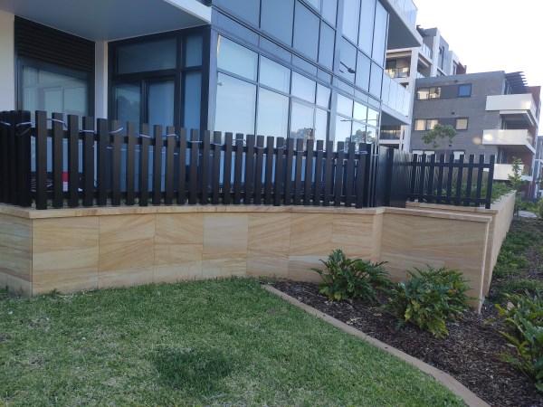 Sandstone tiles in garden design