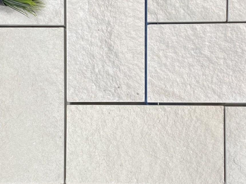 Kirra white sandstone cladding