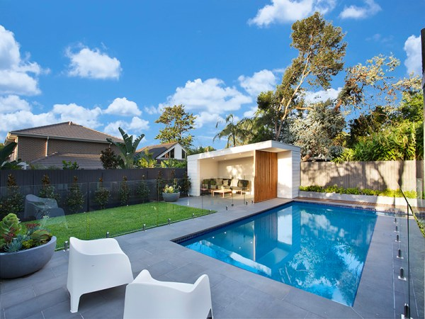 Iluka Sawn Bluestone paver. bluestone pool coping in swimming pool project