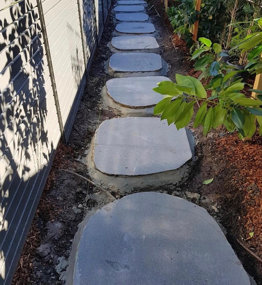 Iluka Bluestone Stepping Stones for landscaping design