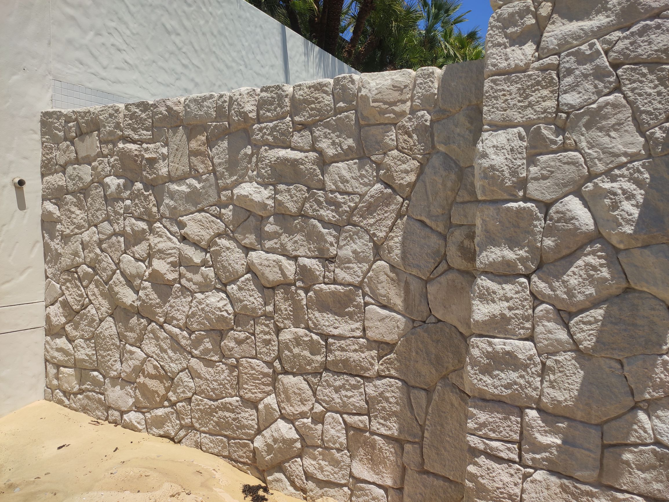 Australian white sandstone walling in a residential house