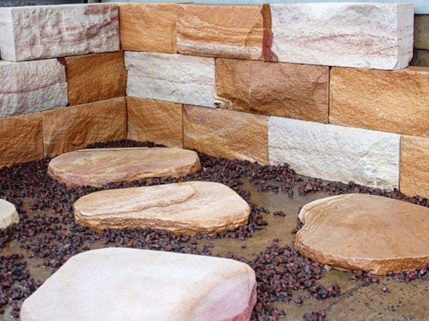 sandstone garden edging and stepping stone