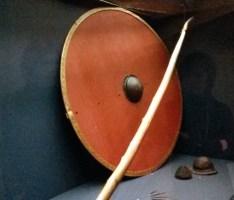 Waffenausrüstung (Schild & Lanze)