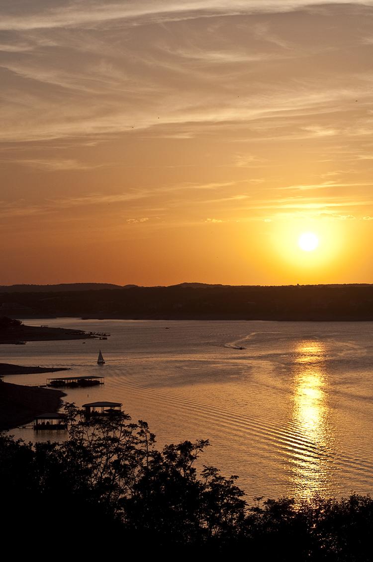 lake-travis-sunset-austin-texas-boats-boating-sailboat-docks-piers