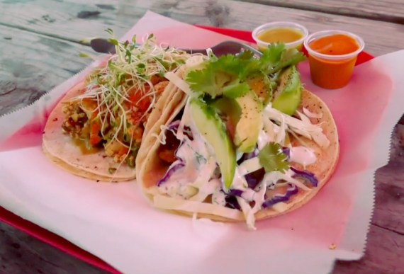 vegan nom taco hub trailer food truck rockin vegetarian veg-friendly tex-mex tex mex mexican food