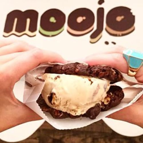 Anyone want some free ice cream? (Photo credit: MOOJO)