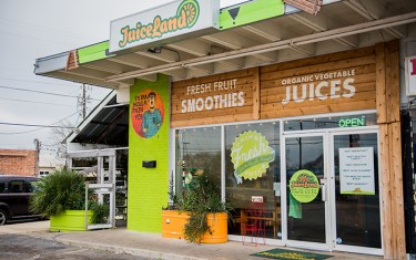 JuiceLand's Delicious Smoothies Will Get Your Immune System Humming!