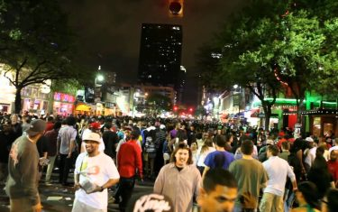 Forbes Wants Austin To 'Unleash' 6th Street Drinkers. But Is That A Good Idea?