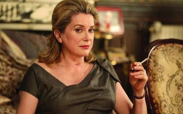 AFS: A Christmas Tale, Catherine Deneuve stars in dark comedy