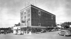 In Loving Memory: Downtown Austin's 'Rather Tawdry' Alamo Hotel