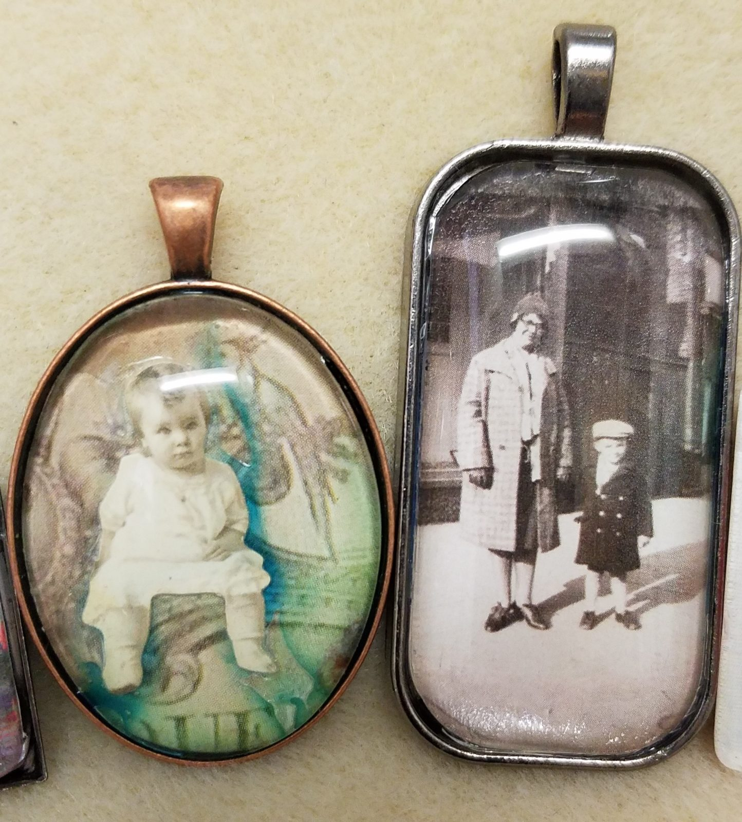 Captured Memories Pendant event at Austin Bead Gallery