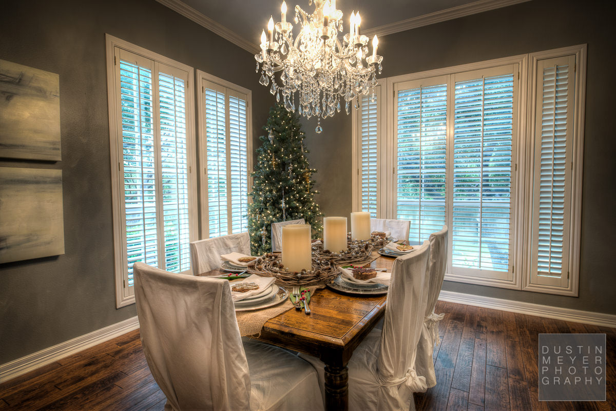 home interior real estate photography of holiday decorations