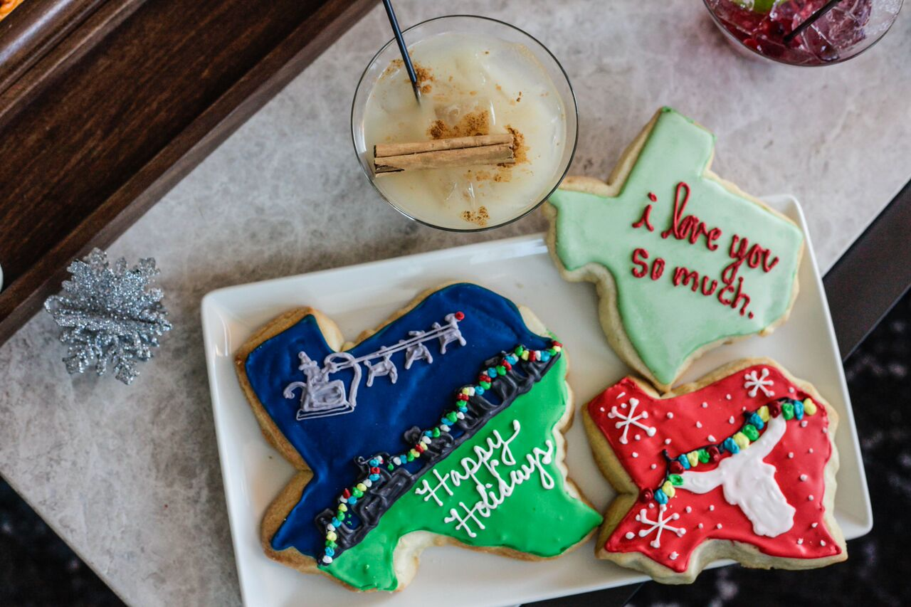 Baked by Amy's Cookies - friendsmas