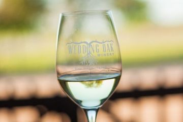 Wedding Oak Wine glass