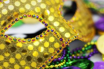 mardi_gras_mask_hero Randy_Heinitz