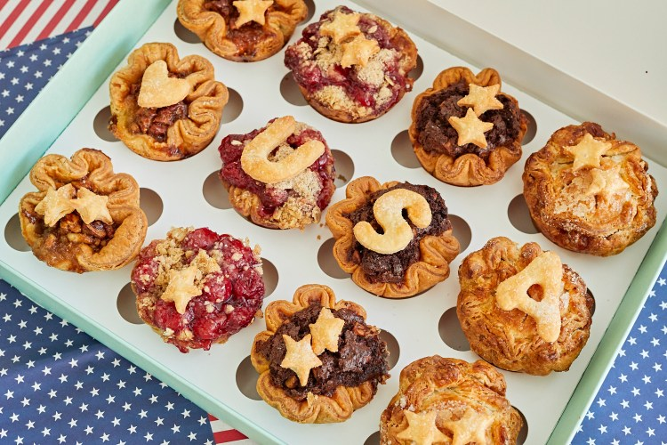 Tiny Pies 4th of july