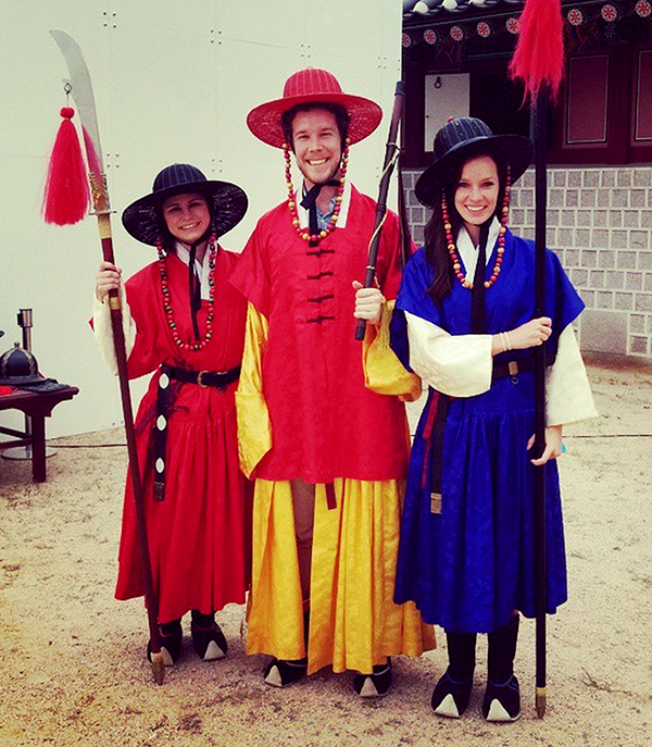 Dressing as palace guards