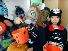 Trick or Treating in Holiday Camp