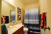 Steiner Ranch lease bathroom