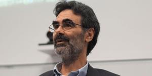 Prof David Hill – Winner