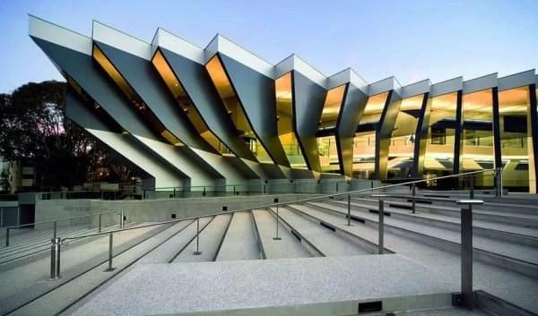 澳洲國立大學 ( Australian National University)