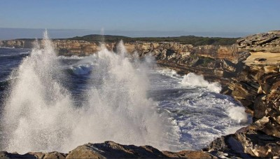 Vertical Surf Spray Means Big Fish