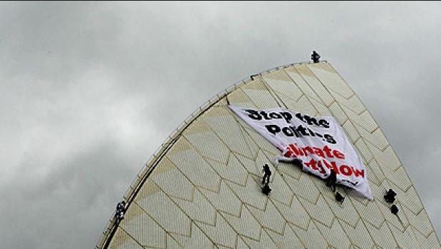 Sydney Opera House target for radicals