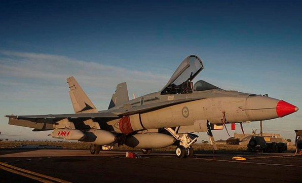 An RAAF F/A-18A with JASSM at Woomera during the weapon's 2011 OT&E. (Defence)