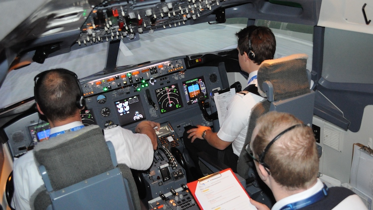 Airservices trainees get put through a flight simulator session. (Flight Experience)