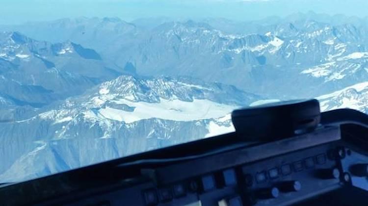 Jetgo's Embraer ERJ-140LR at Anchorage, Alaska. (Jetgo)
