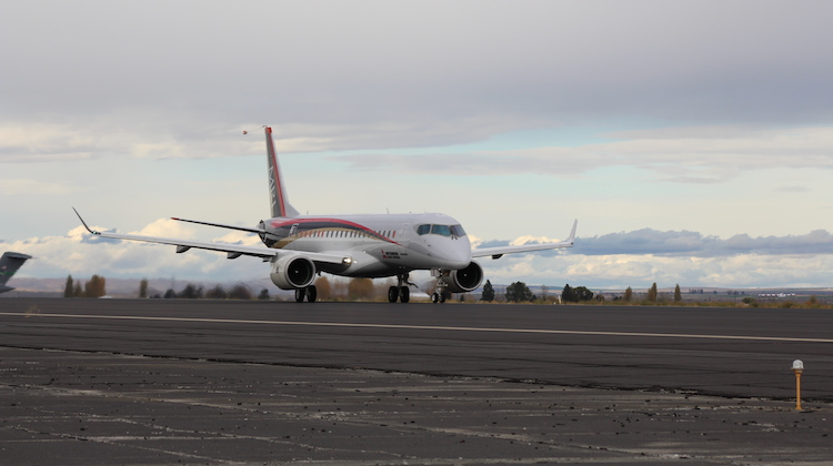 A supplied image of the MRJ flight test aircraft 1 (FTA-1) at Grant County International Airport in Washington State. (Mitsubishi Aircraft Corporation)