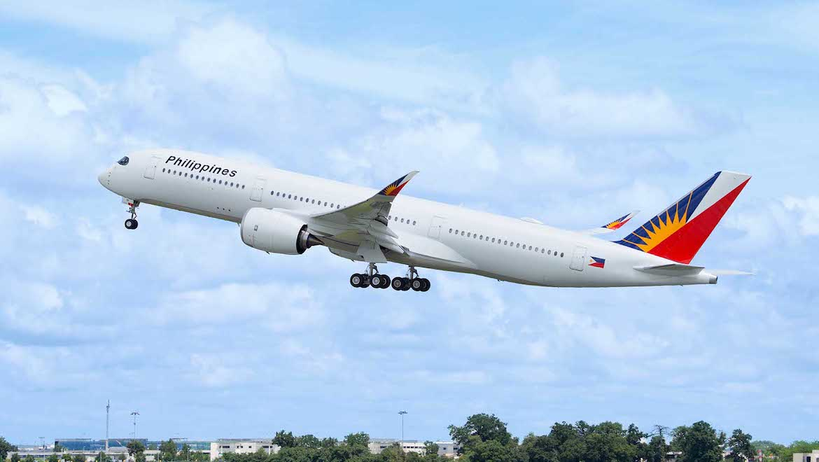 Philippine Airlines's first Airbus A350-900 takes off from Toulouse. (Airbus)