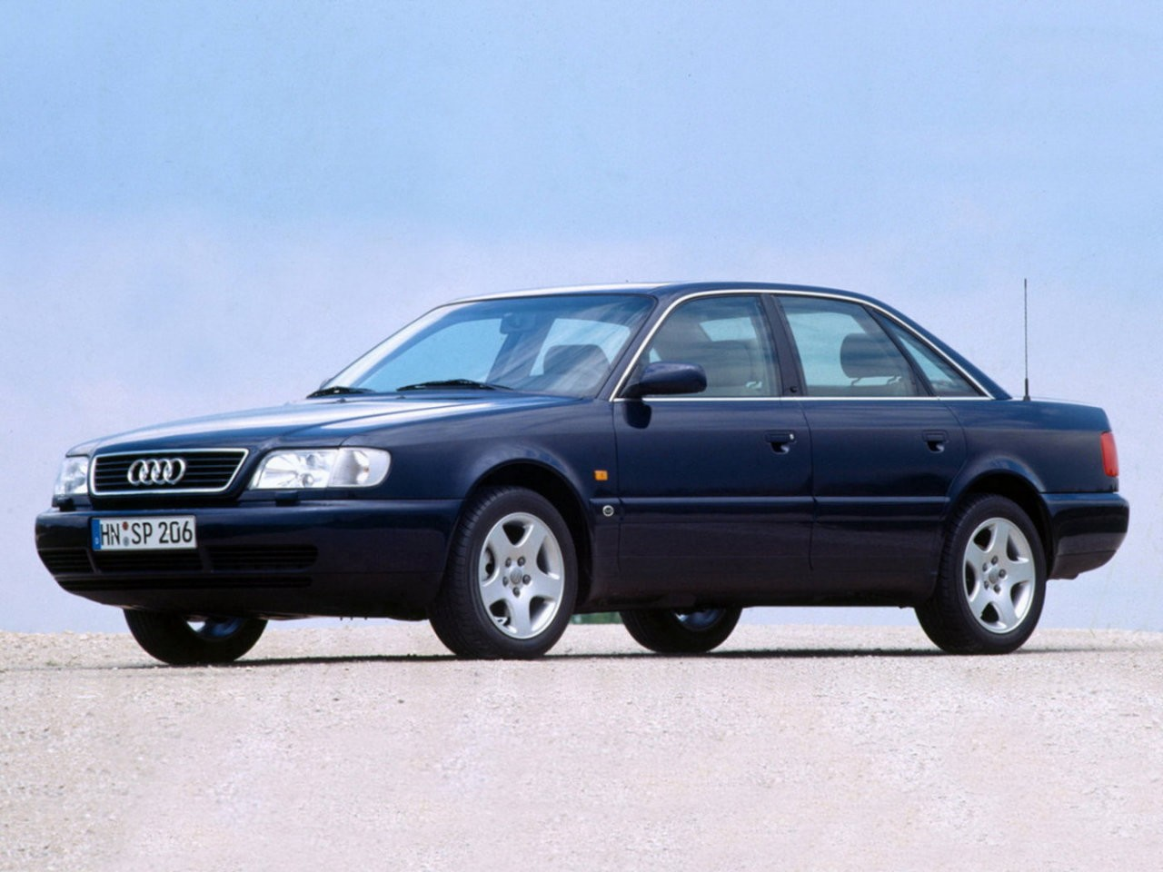 hight resolution of audi c4