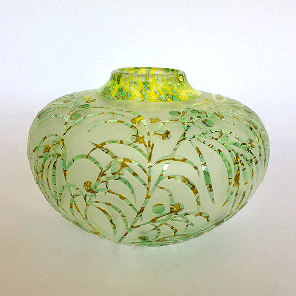 Bower Wattle vase by Amanda Louden. Blown and etched glass.