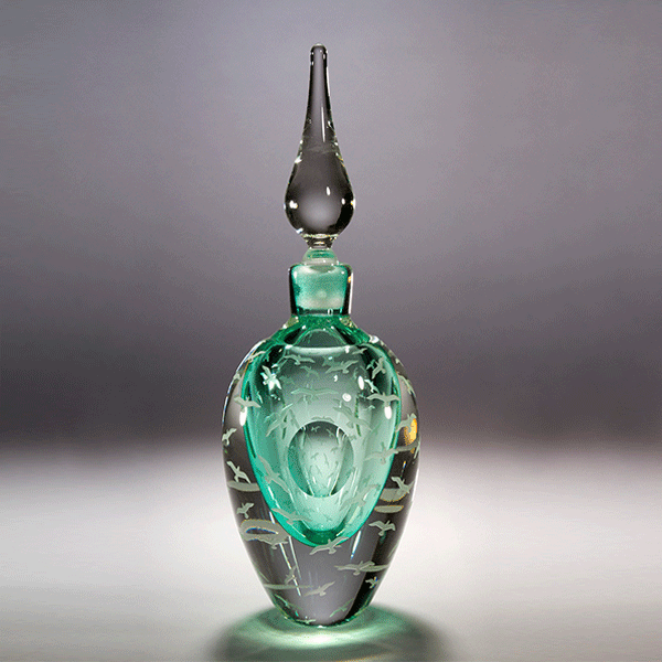 'The Birds' perfume bottle by Kevin Gordon. Blown and carved glass. H 27cm