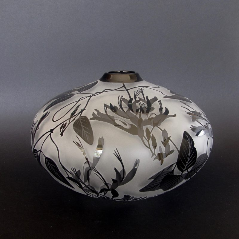 Kennedia nigricans vase. Blown and etched by Amanda Louden. H 15cm W 21cm