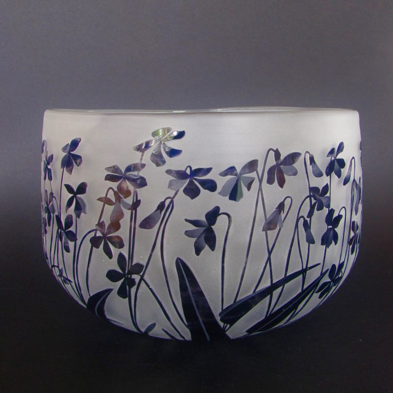 Violets - Viola betonicifolia bowl. Handblown and etched by Amanda Louden. H 15cm W21cm