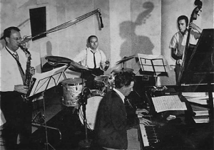 Bryce Rhode Quartet: In the studio recording the Corners album, 1963: L-R: Charles Munro, Mark Bowden, Bryce Rohde and Bruce Cale