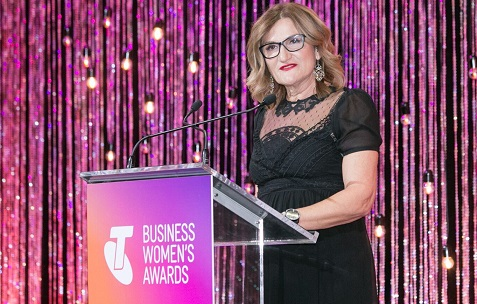 Refugee advocate, Violet Roumeliotis, named 2017 Telstra Australian Business Woman of the Year