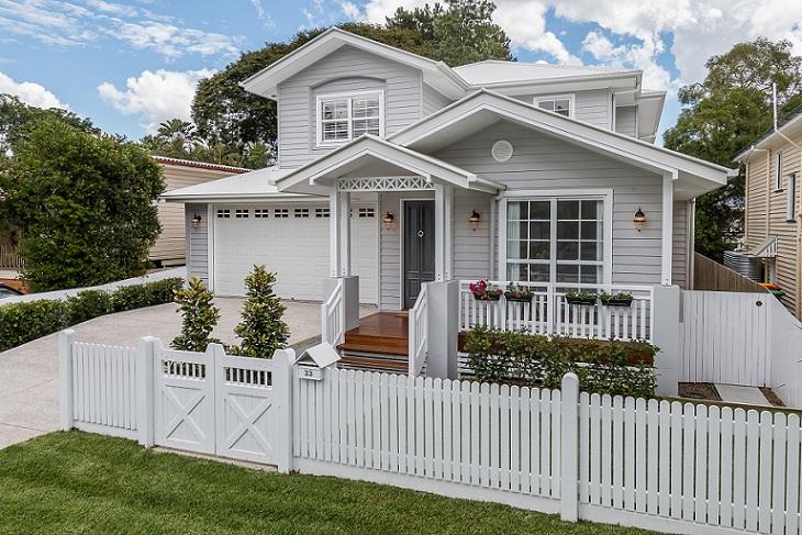 Deborah's Inspiration took in Hamptons Homes like this