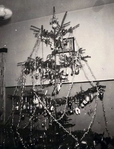 Austrian Christmas Tree 1964