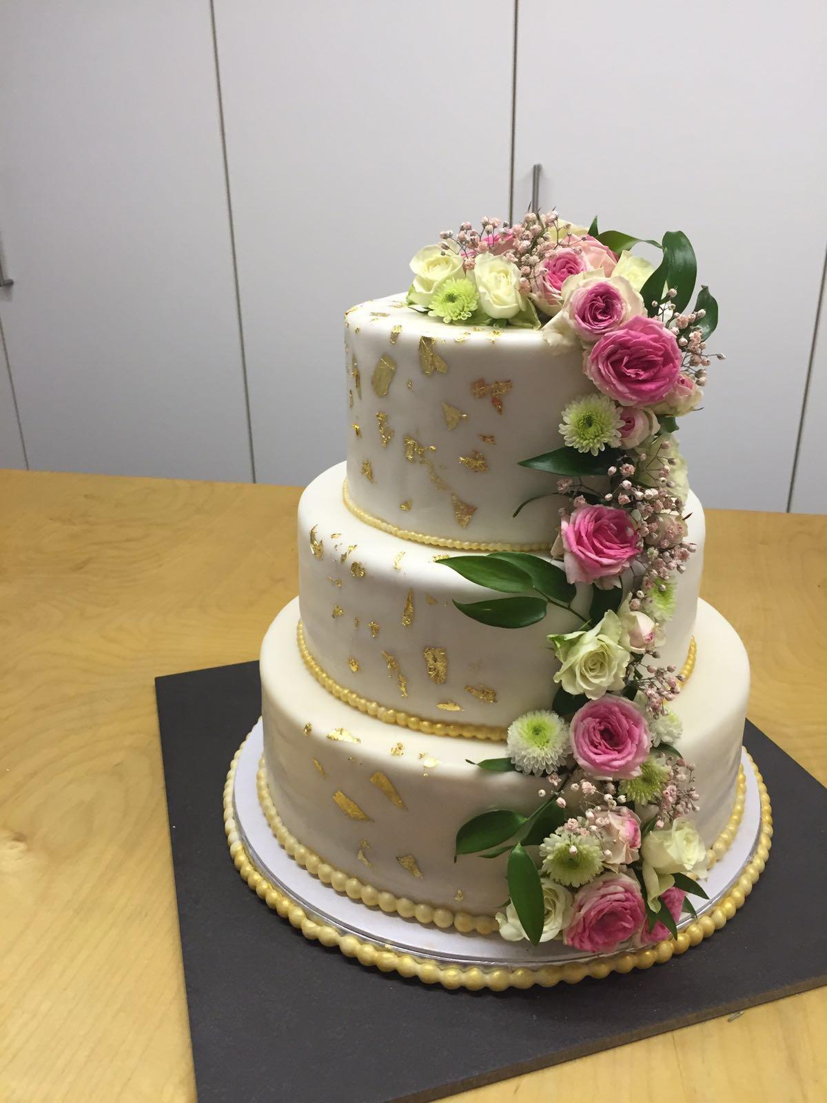 Goldene Hochzeit Torte Rezept Kurbis Torte Mit Walnussen Vegane Vibes