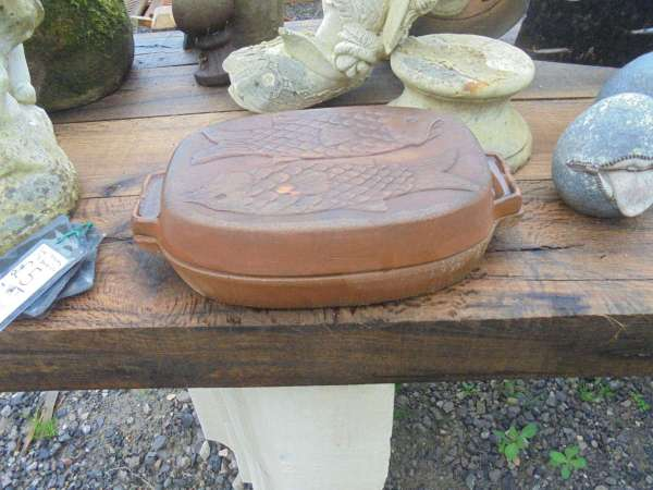 Small Terracotta Fish Baking Dish - Authentic Reclamation