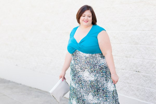 Plus size fashion blogger Authentically Emmie in a maxi from IGIGI