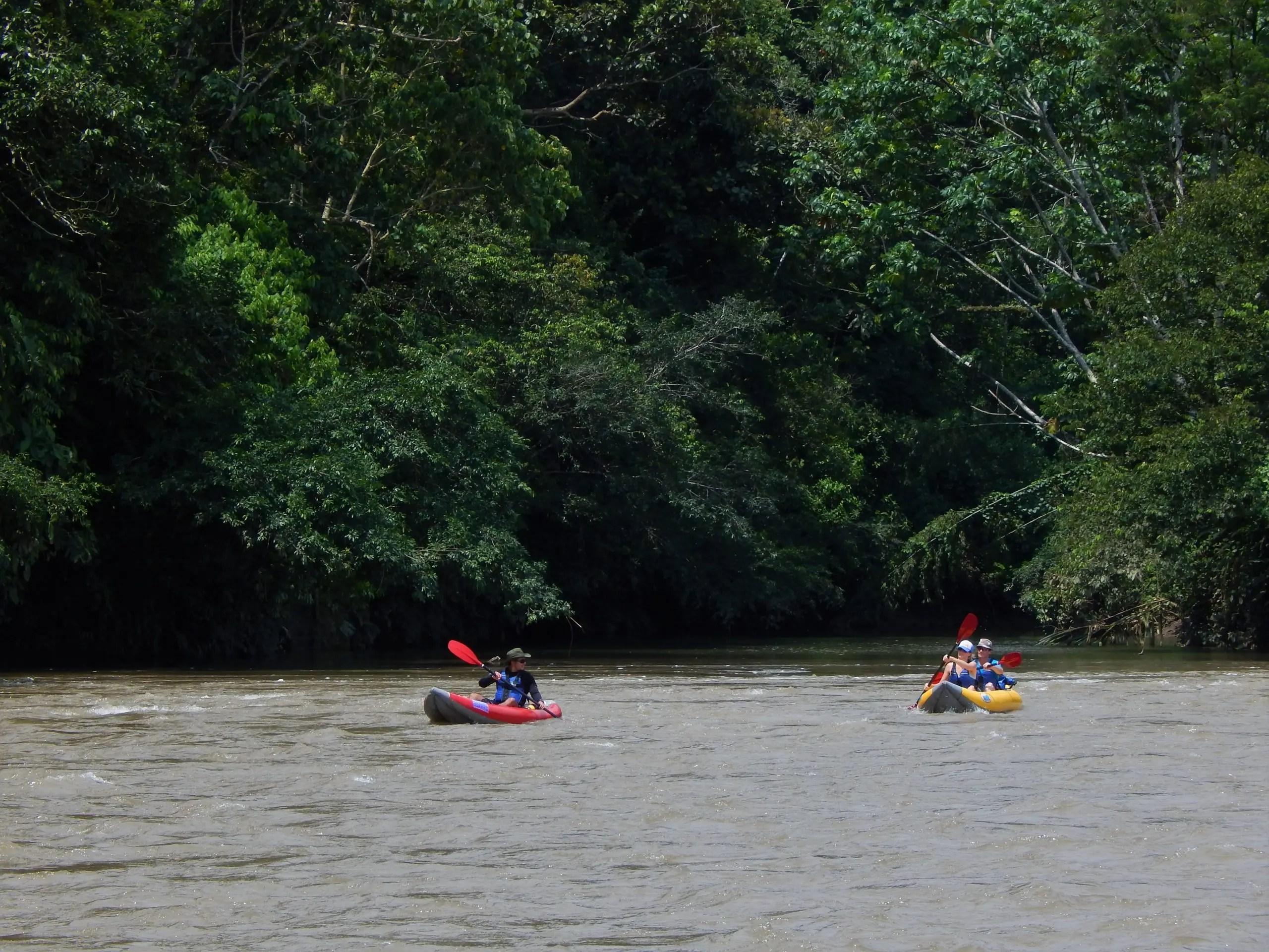 Kayaking Rio Arajuno