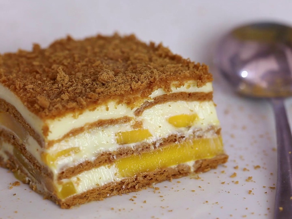 http://authenticfilipinorecipes.com/recipe/mango-float-recipe/