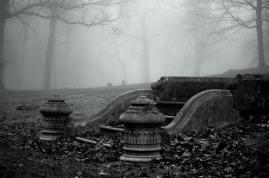 Lynn. Cemetery.