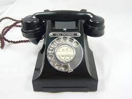 photo of old bakelite telephone