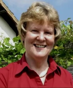 Head shot of Alison Morton