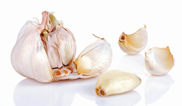 Home remédios Garlic- para influenza (gripe)